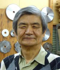 亀井 明夫